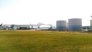 若洲と中央防波堤外側埋め立て地を結ぶ「東京ゲートブリッジ」
